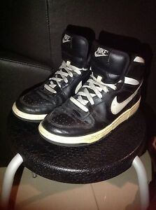 Nike Black & White Basketball Shoes Seaton Charles Sturt Area Preview