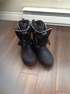 THINSULATE WINTER BOOTS  8-8 1/2