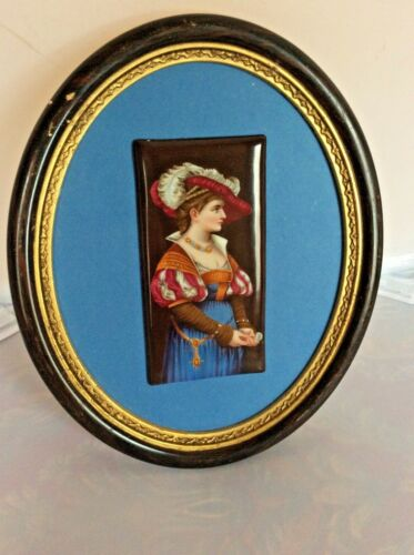ANTIQUE FRAMED HAND PAINTED PLAQUE OF YOUNG RENAISSANCE WOMAN