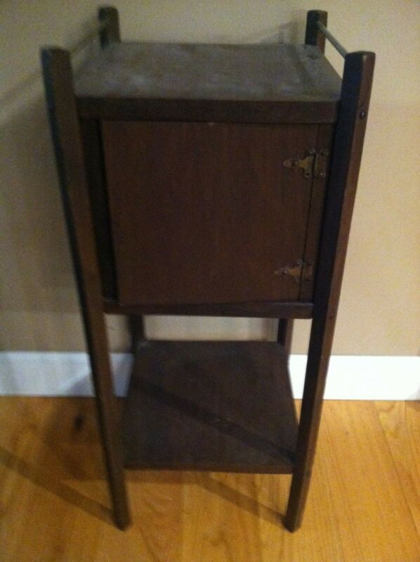 Vintage 1 Compartment Smokers Stand