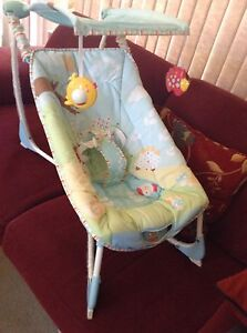 Baby rocker/bouncer with music - Fisher Price Frankston South Frankston Area Preview