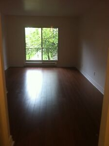 For Aout/ August,3 1/2,4555 St Kevin,1,bedroom