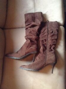 Brown boots good condition