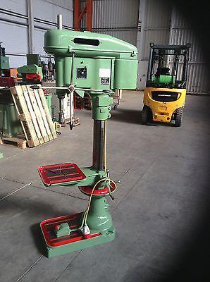 Ständerbohrmaschine / Säulenbohrmaschine Flott SB 23