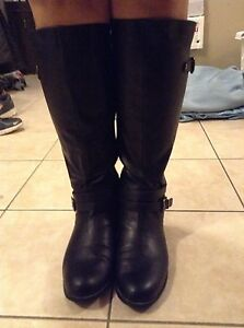 Woman's dress boots size 11