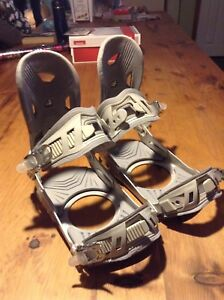 Adult snowboard bindings