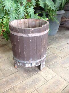 Retro barrel style planter  Eden Hill Bassendean Area Preview
