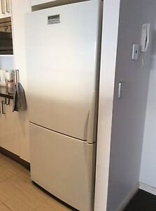 MOVING SALE! Big WESTINGHOUSE fridge and freezer Waterloo Inner Sydney Preview