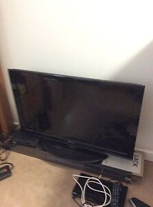 Toshiba flat screen tv up for grabs