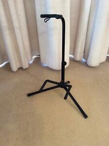 GUITAR STAND. COLLAPSIBLE. BLACK