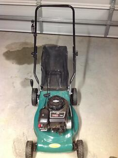 148cc briggs and stratton mower lawn mowers gumtree. Black Bedroom Furniture Sets. Home Design Ideas