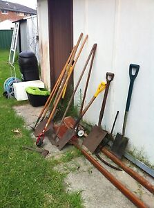 GARAGE SALE - MOVING Broadmeadow Newcastle Area Preview
