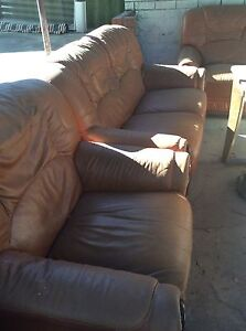 Free lounge Oyster Bay Sutherland Area Preview