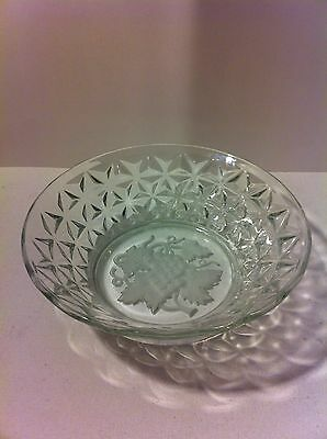 Clear Etched Glass Bowl Frosted Grapes Diamond Pattern