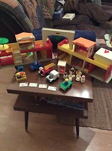 Vintage Fisher Price Little People Play Village in box! Strathcona County Edmonton Area image 4
