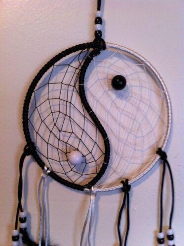 Cherokee Dream Catcher Yin Yang Black & White, Feathers & Beads