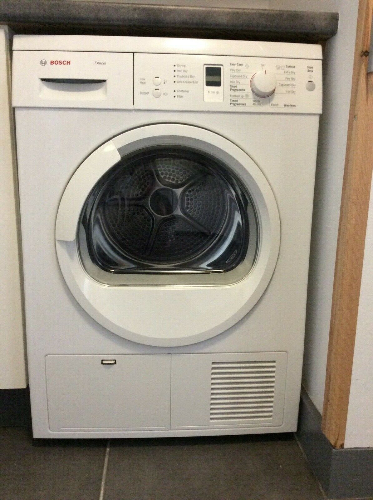 Bosch Exxcel Condenser Tumble Dryer WTE86304GB white + instructions excellent