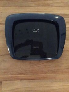 Linksys simultaneous Dual N band wireless router