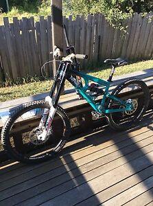 Commencal downhill mountain bike Coburg Moreland Area Preview