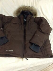 Columbia winter jacket, coat, down and features , XL,