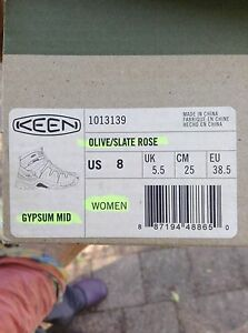 Keen woman's leather hiking boots Yungaburra Tablelands Preview