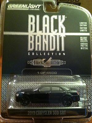 (Greenlight BLACK BANDIT  2013 Chrysler 300  SRT)