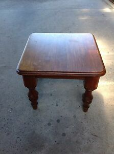 Solid timber coffee table Nowra Nowra-Bomaderry Preview