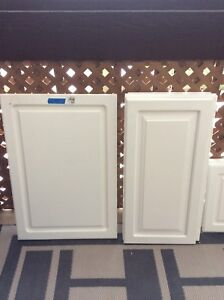 Cabinet doors with pulls and hinges