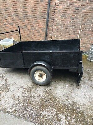 Car Trailer - 6.5ft x4.4ft x 17 inches depth - used and in roadworthy condition