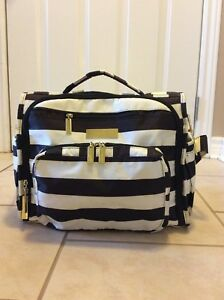 Jujube diaper bag - gently used
