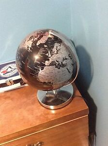 CHEAP LAMP AND GLOBE 2 IN 1