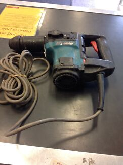 Makita HR3000C hammer drill #03251 Midland Swan Area Preview