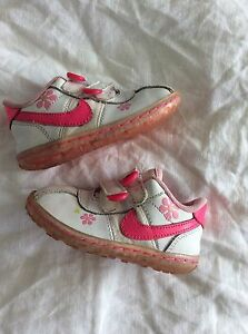 Baby girls Nike size 6c Lobethal Adelaide Hills Preview
