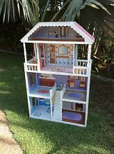 Beautiful Doll house Coombabah Gold Coast North Preview