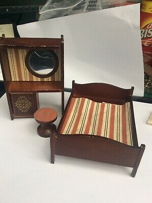 Vintage LUNDBY dolls house furniture-Dark wood double & and dressing table/stool