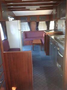 Caravan accomodation in backyard $200/week Lurnea Liverpool Area Preview