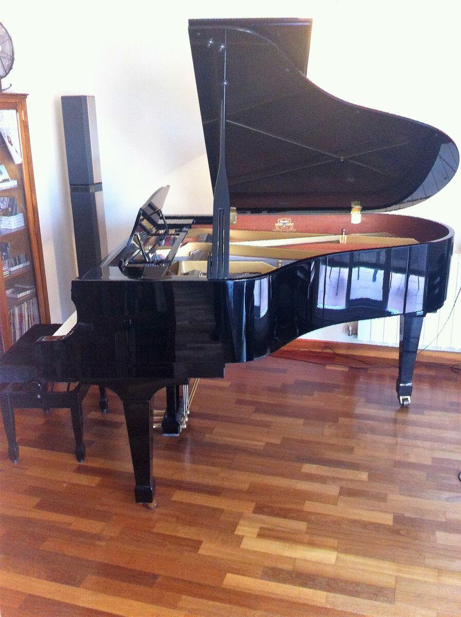PIANO DE MEDIA COLA KAWAI RX2