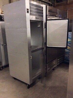 Traulsen G10000mc Single Section Solid Split Door Reach-in Refrigerator Self-con