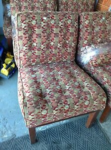 HfH ReStore WEST - upholstered chair
