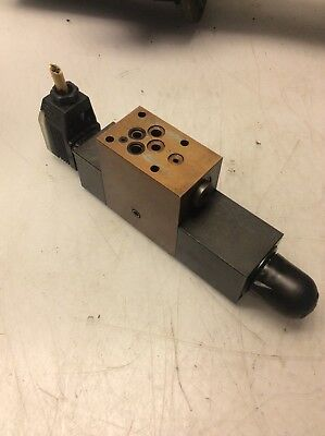 Rexroth Hydraulic Valve Zdr Hd6 Dp2 21200-40l Used Warranty