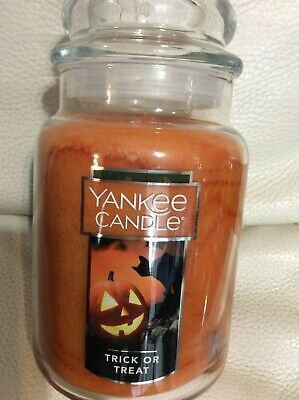 Yankee Candle Trick or Treat Large Jar 22oz NEW Fast Free Ship Orange Halloween