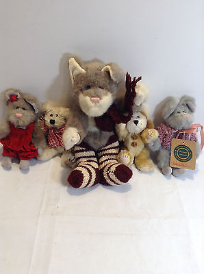 Boyd's Bear Lot of 5 larger cat bear with scarf and 4 other assorted bears