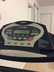 YORK FITNESS T710 treadmill Franklin Gungahlin Area Preview