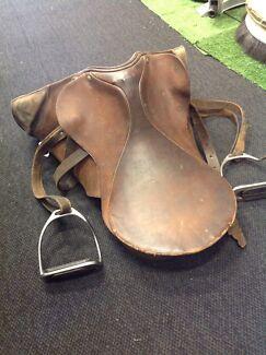 Seit 1894 Sattler horse saddle JS111227