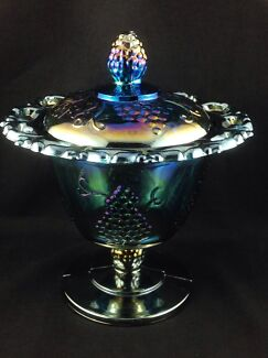 URANIUM? AMETHYST CARNIVAL GLASS PEDESTAL COMPORT BOWL & LID  Murrumba Downs Pine Rivers Area Preview