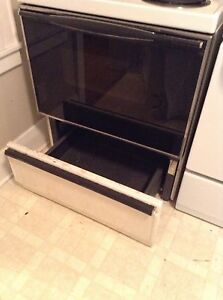 FRIDGE STOVE AND WASHER AND DRYER FOR SALE London Ontario image 3