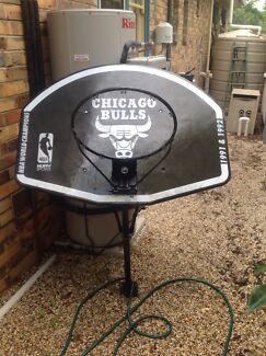 Basketball back board