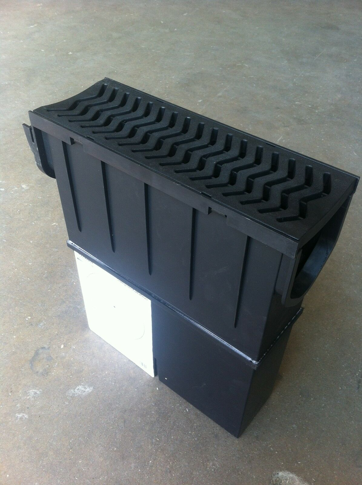 Stormwater Drainage Collection Boxes : Drainage channel pvc topped heelguard sump box fernco