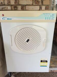 Hoover clothes  dryer 5050ED