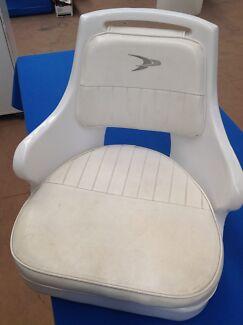 Pilot chair/boat seat
